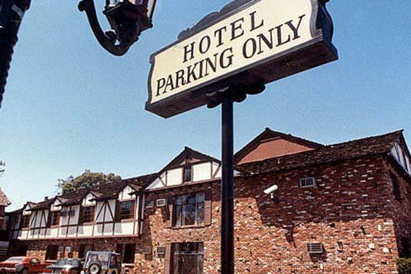 Cockatoo Inn Main Photo